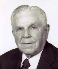 Harry W. Aldredge '34